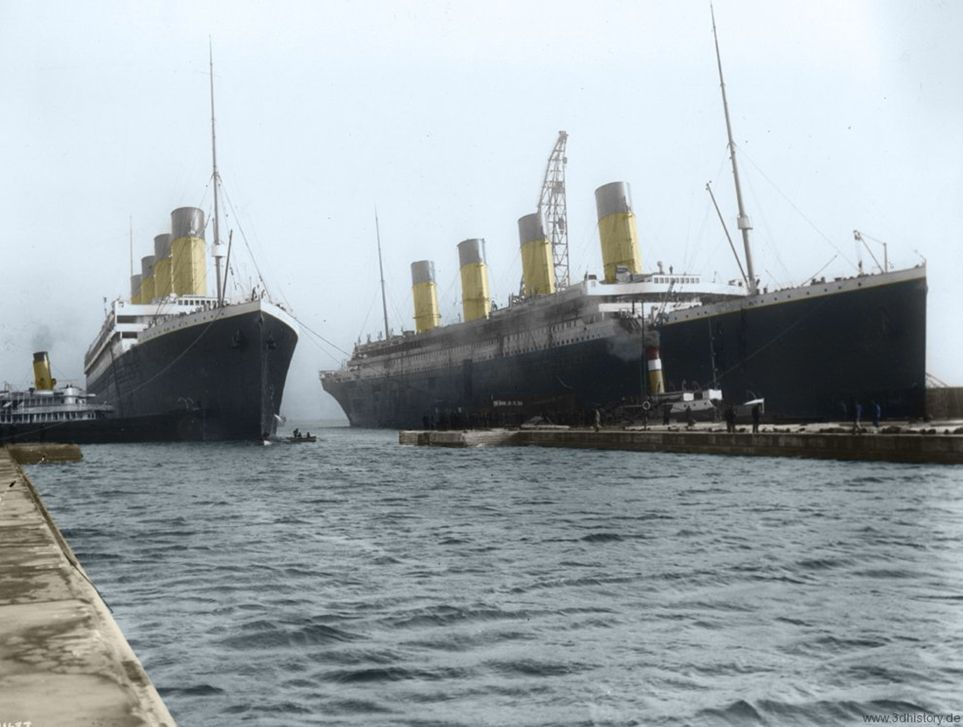Coloured photograph of the Olympic and Titanic in Belfast
