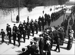 Sailors on their way to the service - image courtesy Southampton City Council Art