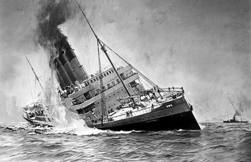 Black and white impression of the sinking of the Lusitania