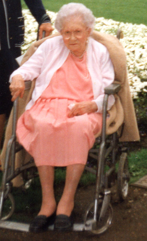 Edith Haisman, Titanic survivor pictured in later life.