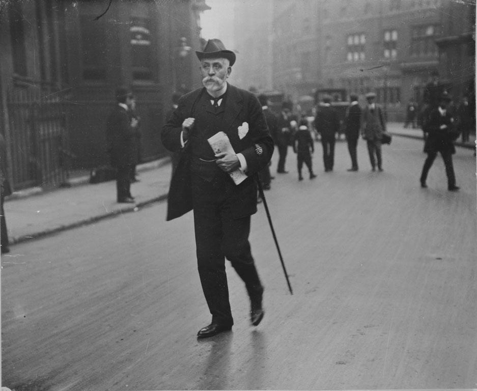 Right Hon. Alexnder Carlisle, Titanic's designer, at the Inquiry.