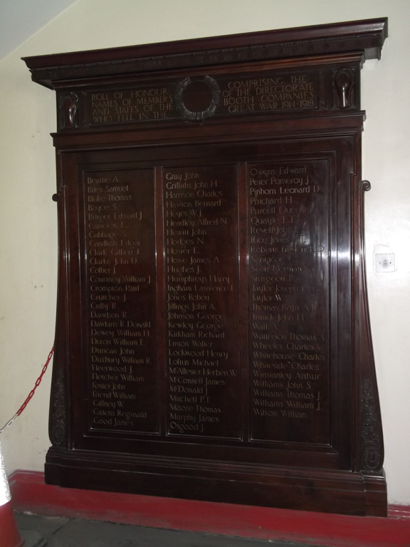 Large polished wood First World War memorial